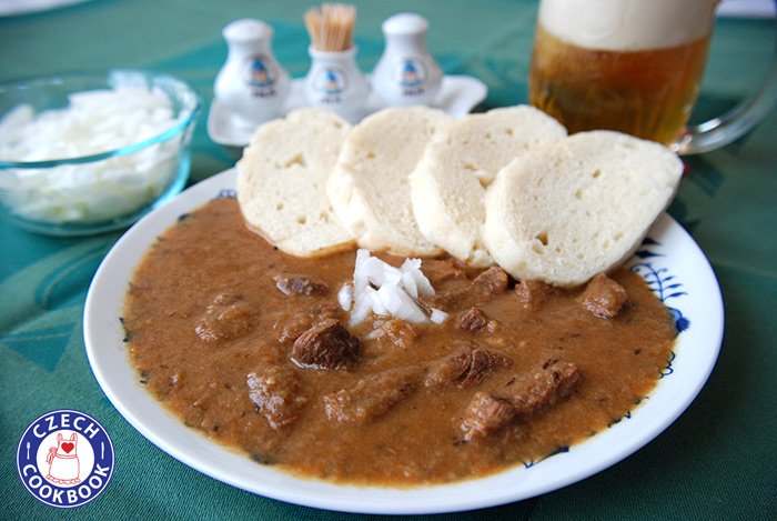 Beef goulash hovz gul czech cookbook video recipes in blogimagegulas forumfinder Images
